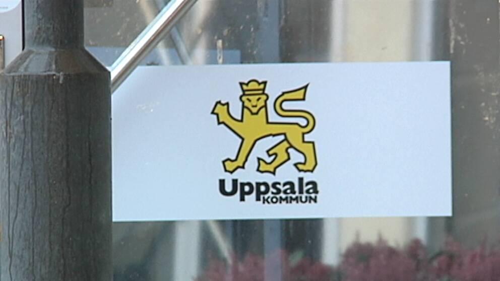 Alexander Bengtsson (M) blev knivattackerad i sitt eget hem, trots att Uppsala kommun vidtagit säkerhetsåtgärder.