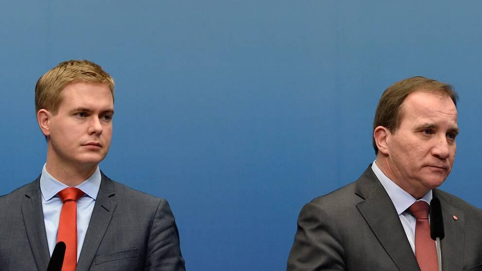 """Utbildningsminister Gustav Fridolin varnar Stefan Löfven att regeringens flyktingpolitik kan få """"fruktansvärda konsekvenser""""."""