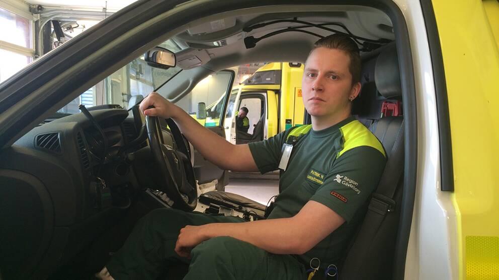 Patrik Hamberg är en av de anställda på ambulansen i Gävle som sagt upp sig.
