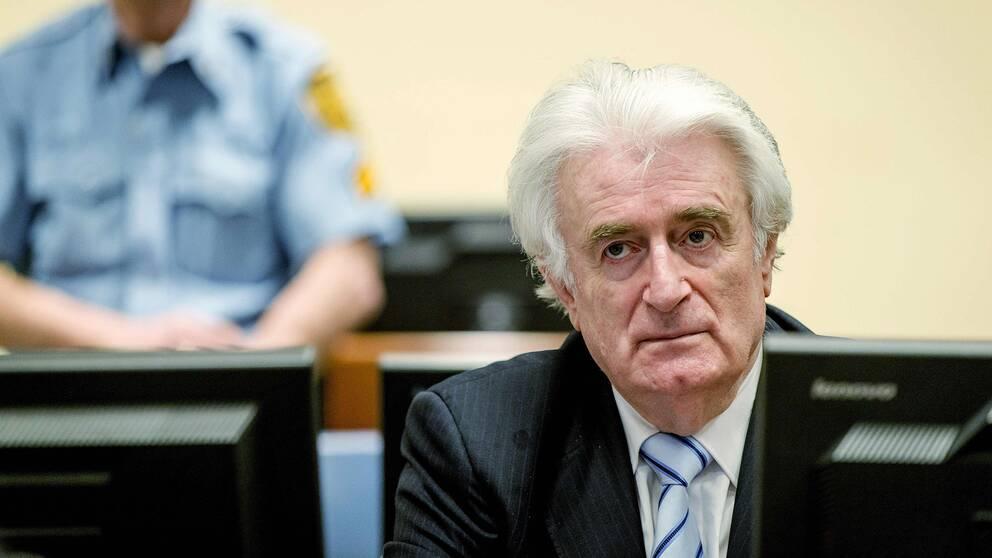 Ex-ledaren Radovan Karadzic i rätten.