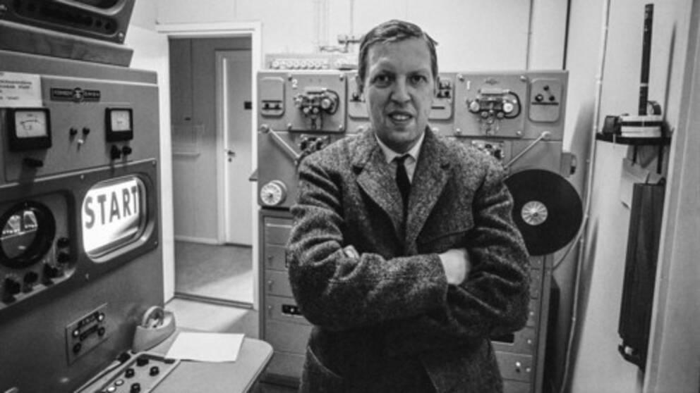 Erik Bergsten som programledare i Tekniskt magasin