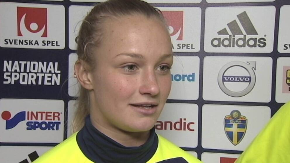 Tove Almqvist, fostrad i IFK Nyköping, berättar om de inledande träningarna med A-landslaget.