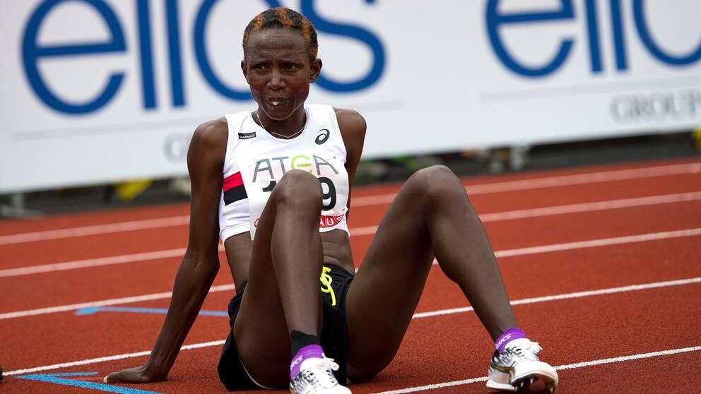 Isabellah Andersson bröt maratontävlingen i Rotterdam
