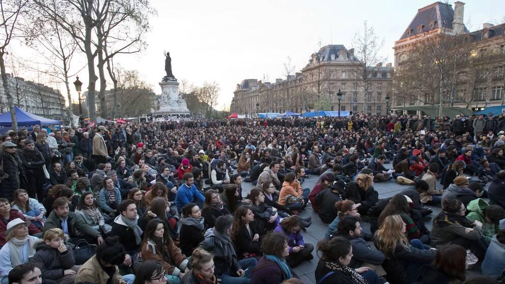 Protestmöte på Place de la Republique i Paris på onsdagen