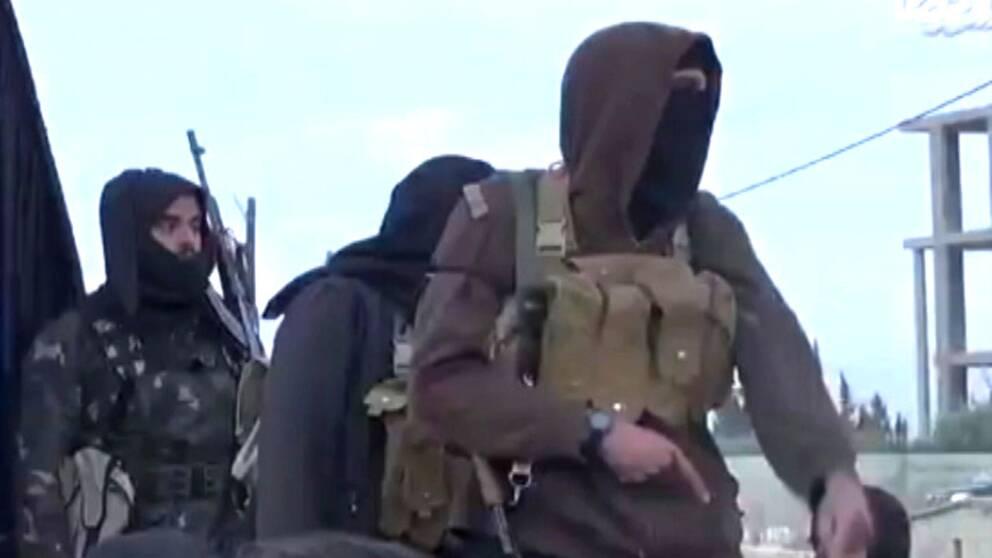 Terrorister samlar in pengar via crowdfunding.