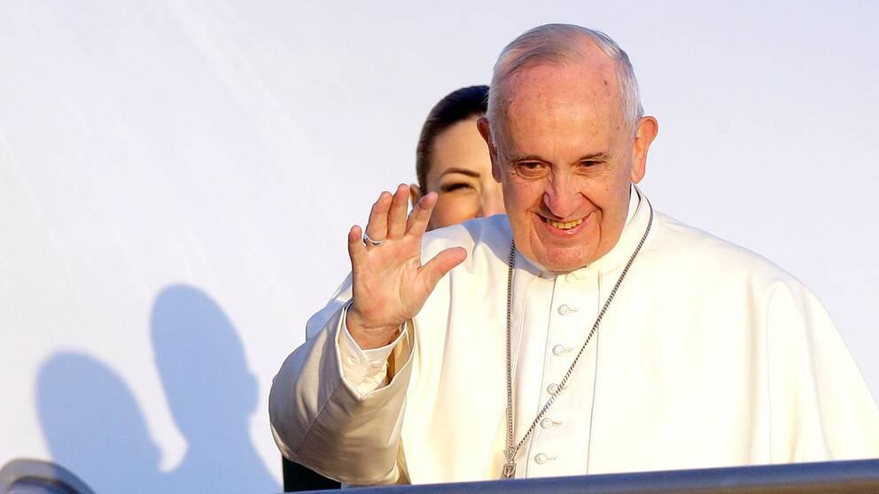 Påven medverkar vid ett evenemang i Malmö arena i oktober.