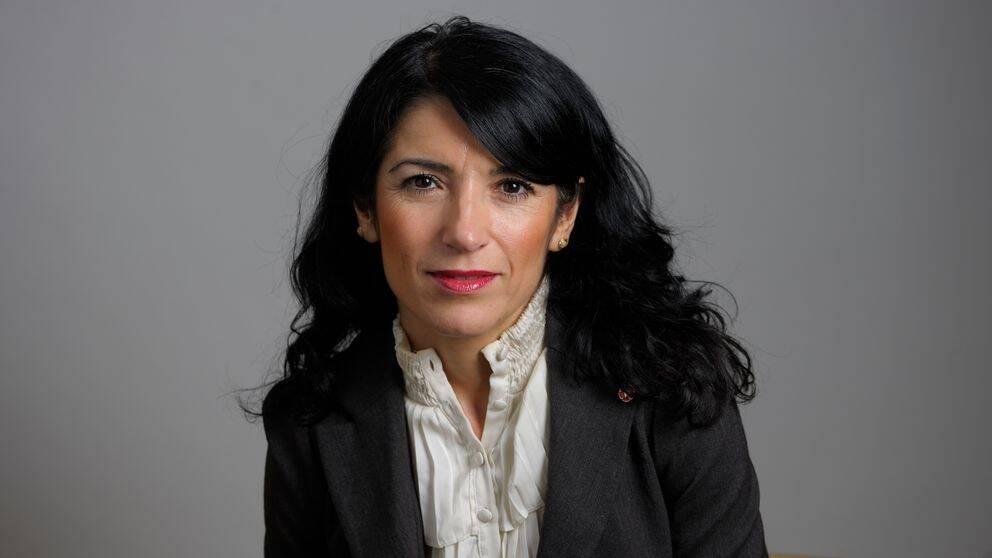 Amineh Kakabaveh ångrar att hon lade ut filmen.