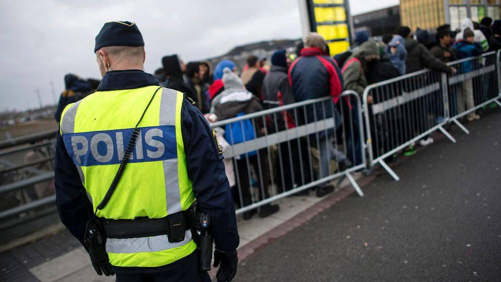 Sverige vill förlänga gränskontrollerna