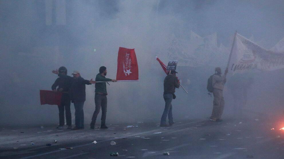 Demonstranter i Aten.
