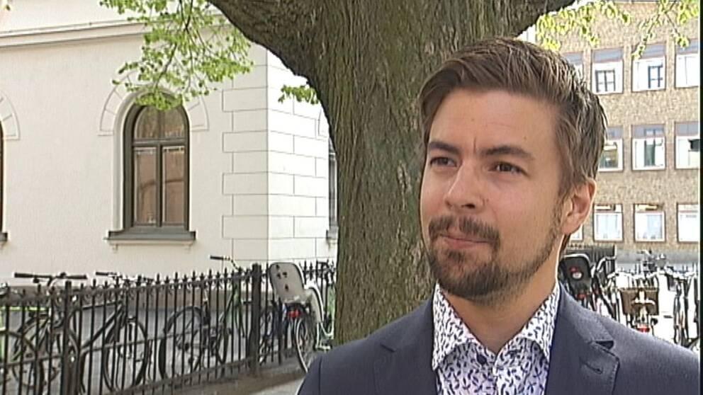 Linus Pettersson är ordförande för Miljöpartiet i Eskilstuna.