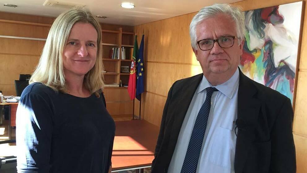 SVT:s Europakorrespondent Ulrika Bergsten träffar Portugals migrationsminister Eduardo Cabrita.