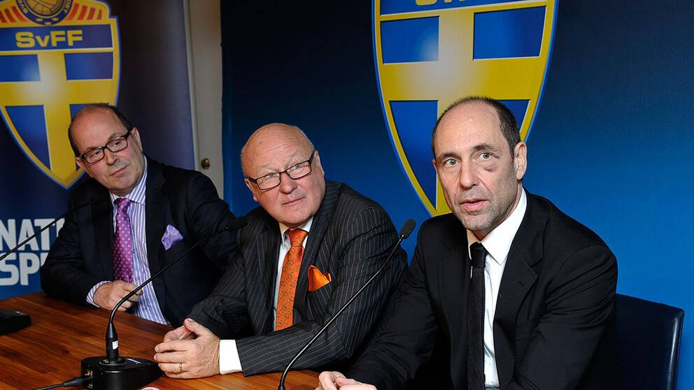 Jan Scherman, dåvaranade vd för TV4, Lars-Åke Lagrell, samt Philippe Hugo, vd för Kentaro samlade på en presskonferens 2011.