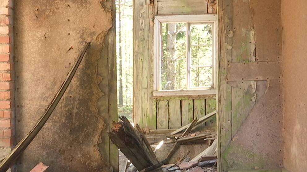 spökhus, övergivna hus, glesbygden, högsby