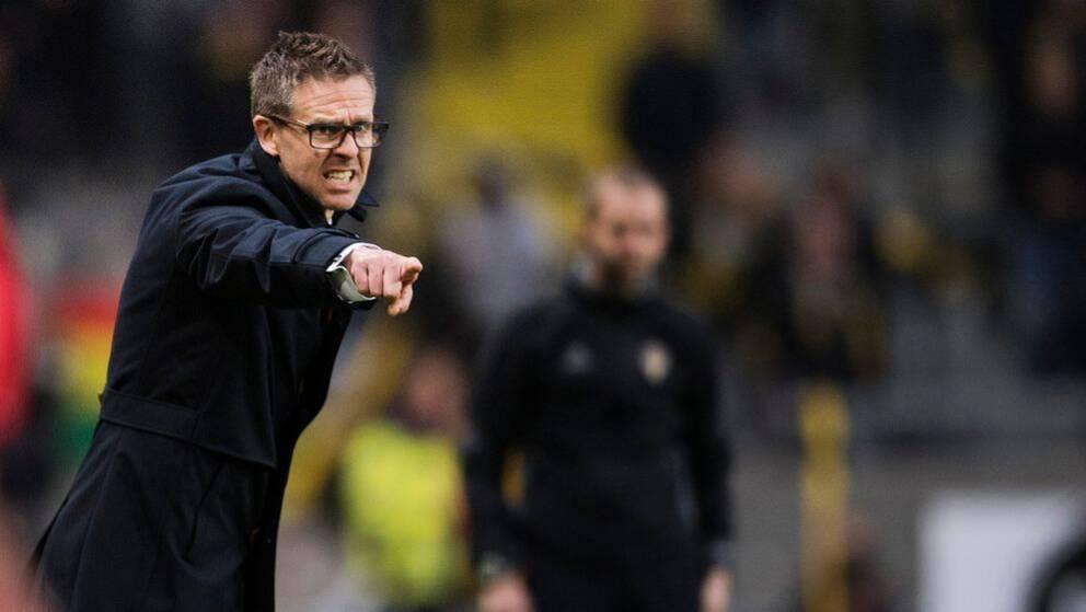 AIK:s tränare Rikard Norling under derbyt mellan AIK och Djurgården.