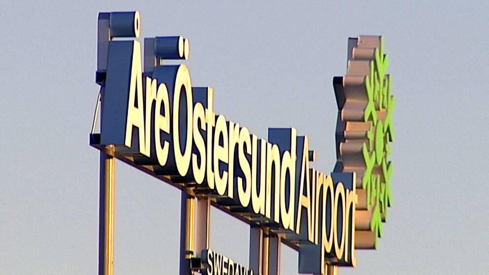 Skylt vid Åre Östersund Airport.