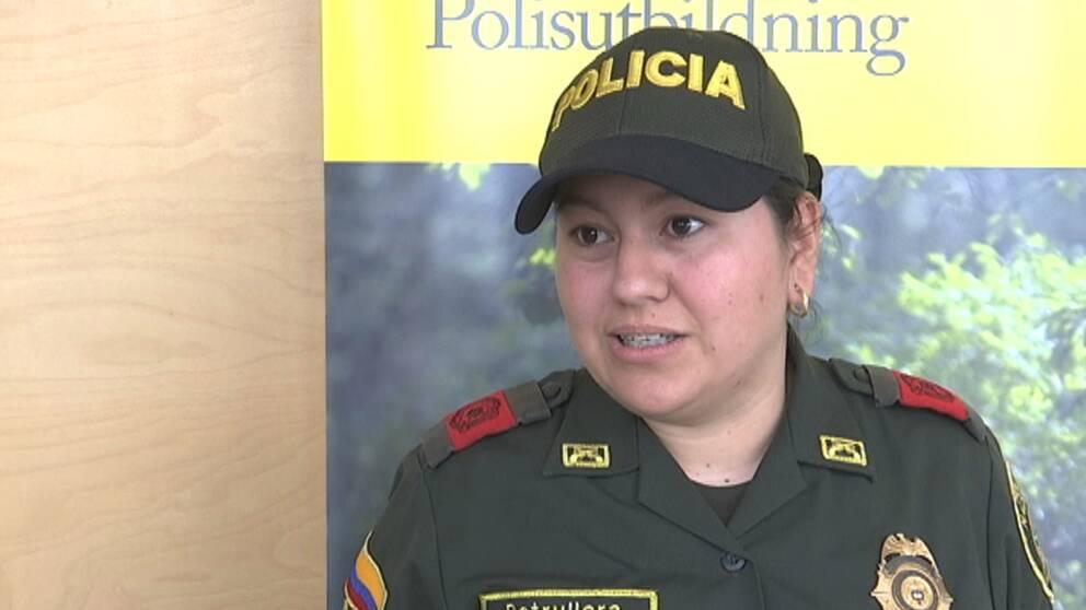 Liliana Castro, patrullerande polis, hoppas kunna använda flera av metoderna i sitt arbete och sprida kunskapen vidare inom kåren.