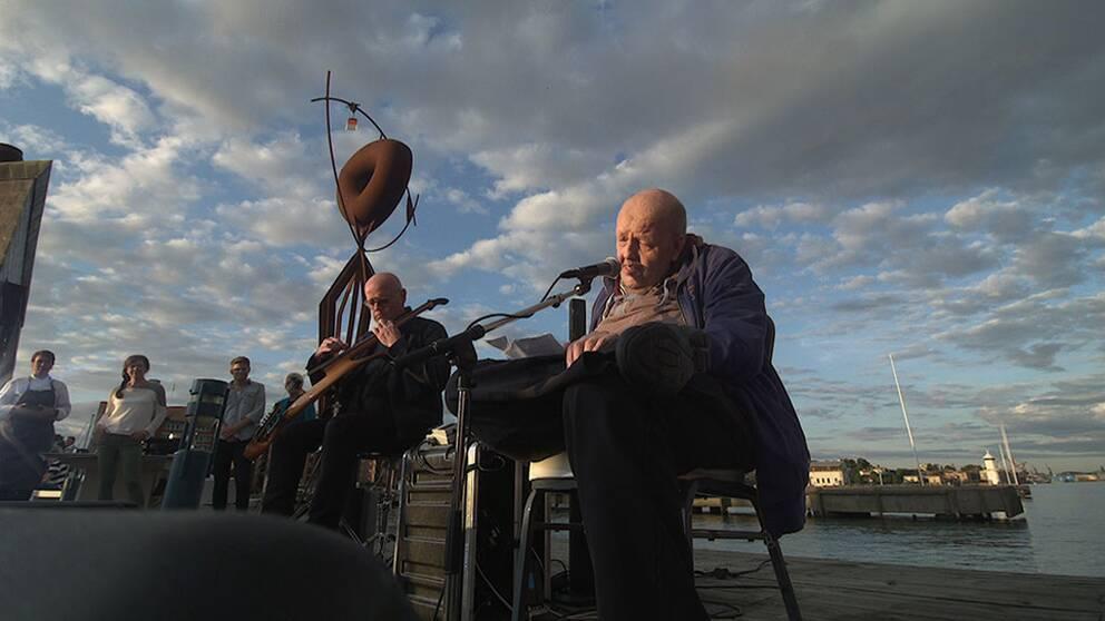 Det var i Rickard Olssons Sommarkväll i SVT 2013 som Freddie Wadling gjorde ett minnesvärt framträdande