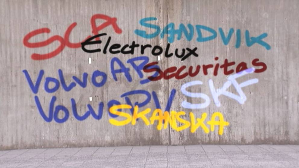 SCA, Sandvik, Electrolux, Volvo, Securitas, SKF och Skanska skrivet på en vägg.