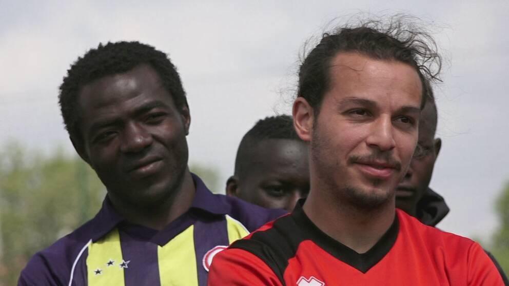 Bild på fotbollsspelare i Paris.
