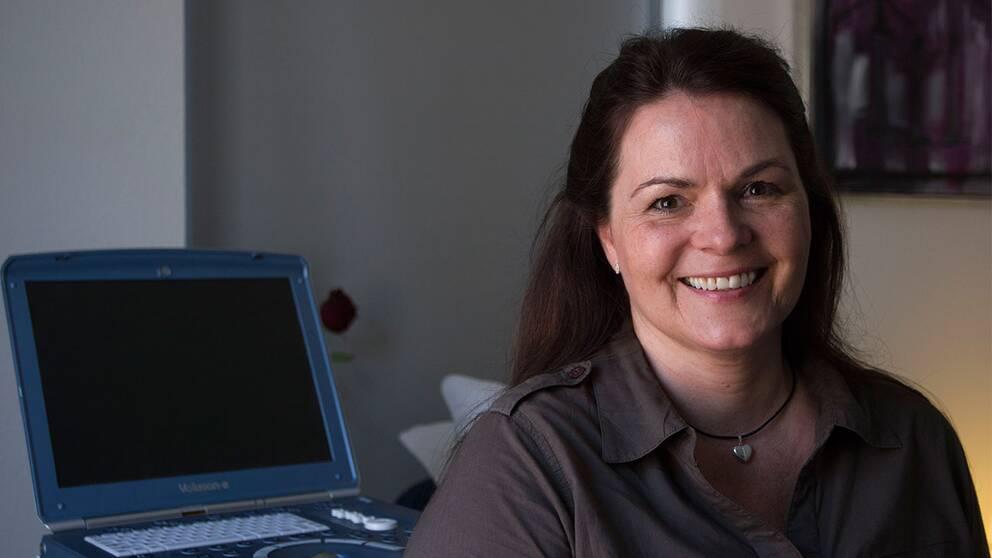 Elisabeth Mortensen blev surrogatmamma åt ett svenskt par.