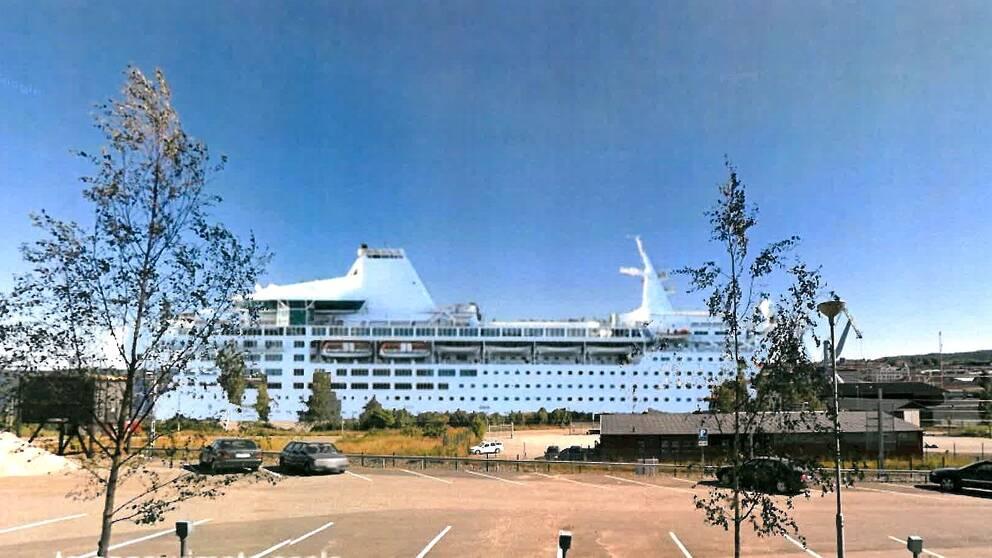 Foto/Illustration av fartyget Ocean Gala i Härnösands hamn.