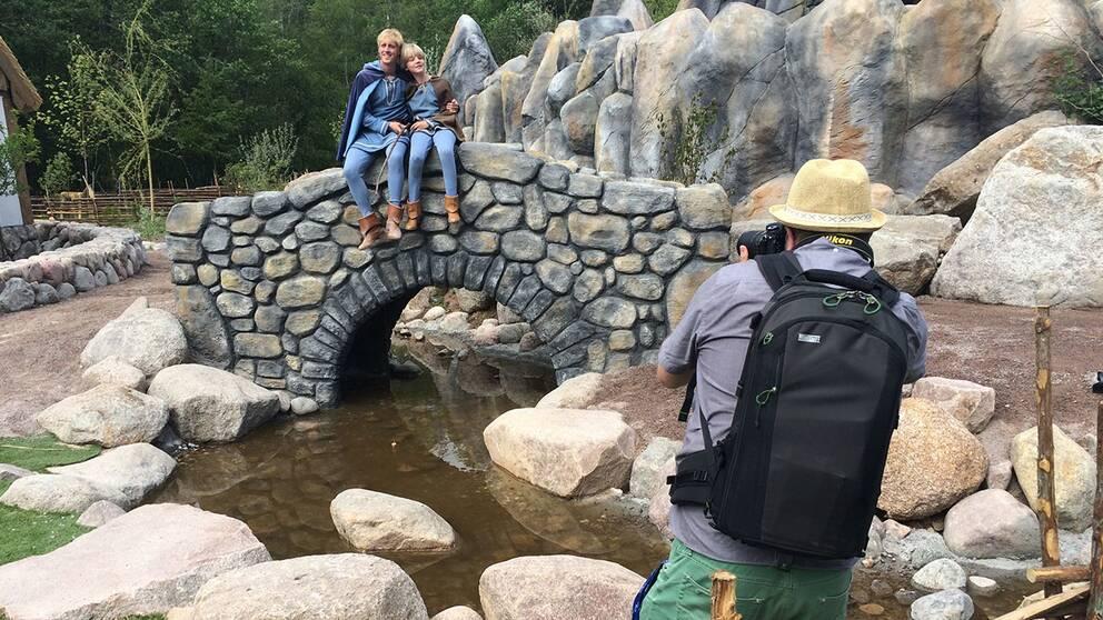 Bröderna Lejonhjärta på den berömda bron