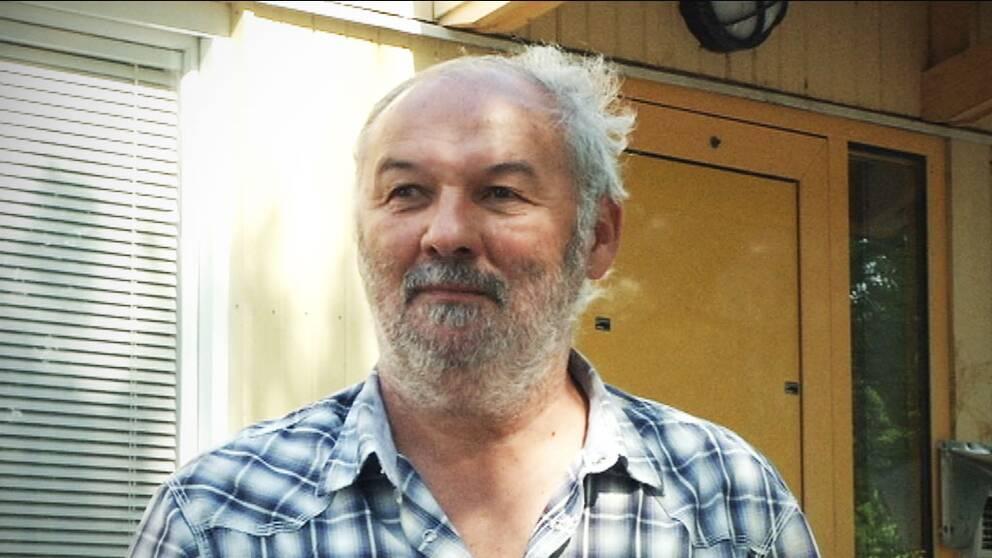 Mirsad Filipovic hade jobbat 20 år i Bosnien innan han kom till Sverige. Pensionen för detta: 900 kronor i månaden.