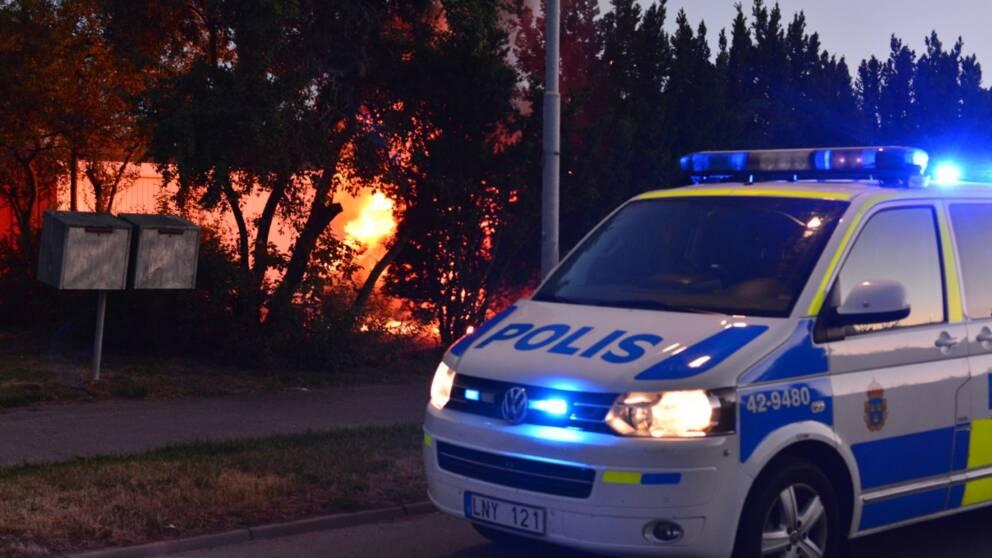 Bilbrand i Norrköping i natt