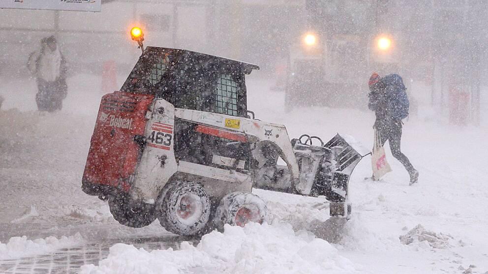 Snöoväder i Skåne i december – men nu blir det regn och barmark.