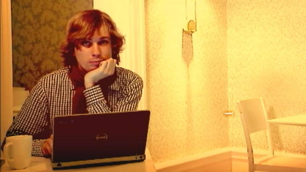 Jonathan läser programmeringskurs från universitetet i Virginia.