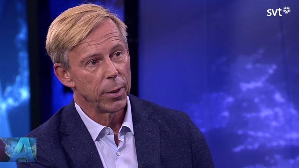 Avgående FN-chefen vid avdelningen för mänskliga rättigheter, Anders Kompass, berättar om tiden inom organisationen i SVT:s Aktuellt.