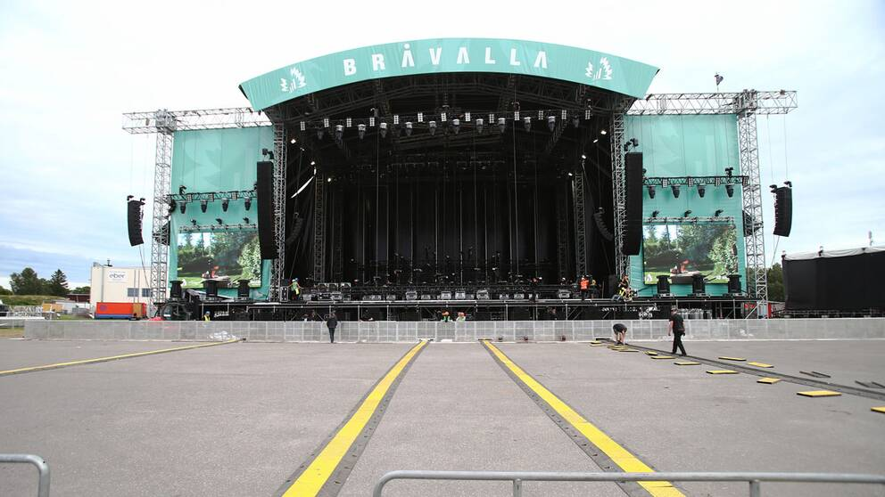 En bild på Bråvallafestivalens stora scen.