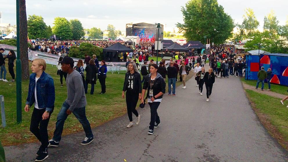 Konsertbesökare på Putte i parken