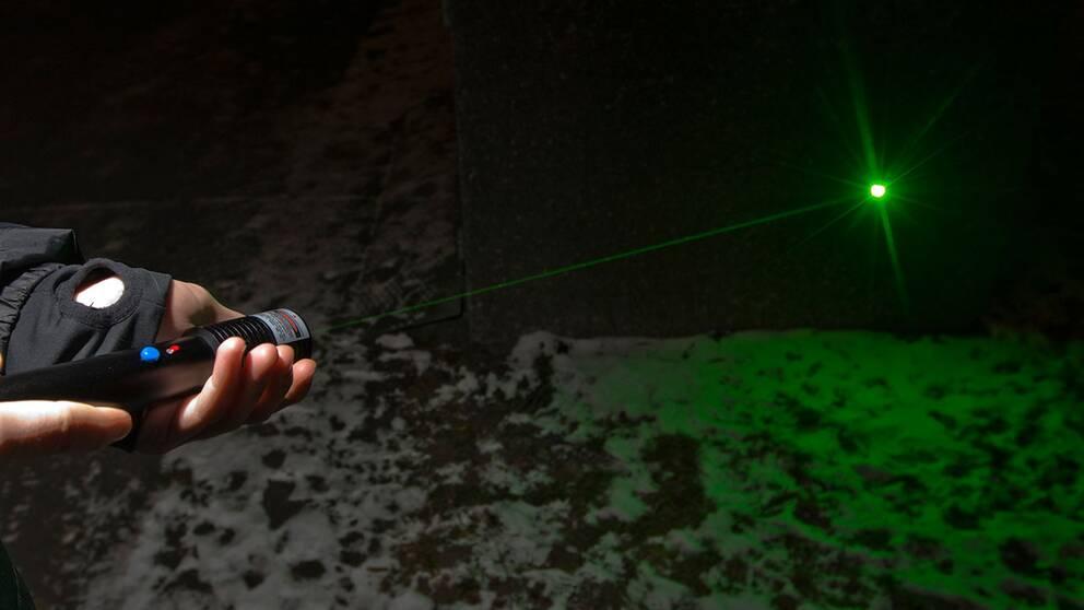 Attackerades med grön laser