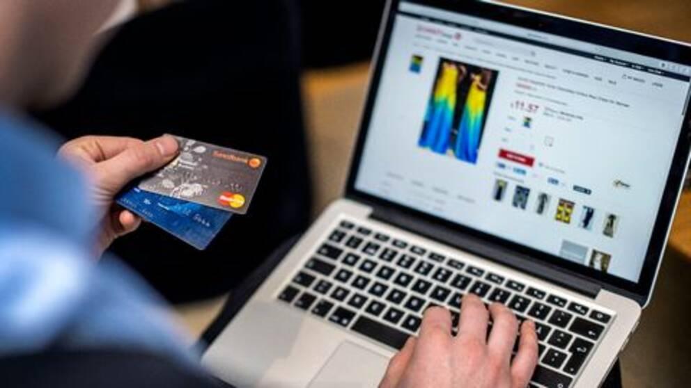 Bedrägerier på nätet ökar.