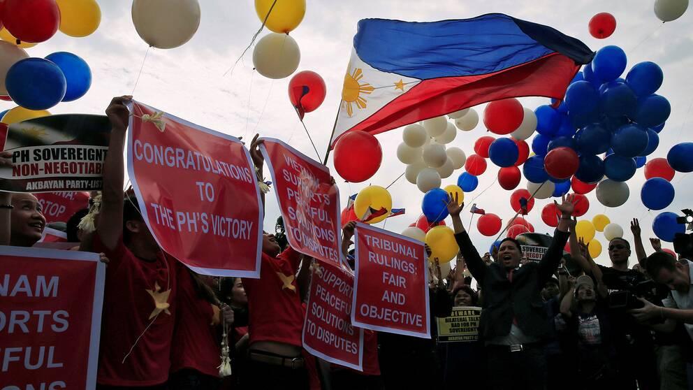 Demonstranter firar domen i Manila, Filippinerna