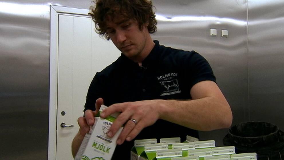 Niklas Larsson övertalade sin far och farbror att satsa för att bygga ett eget mejeri.