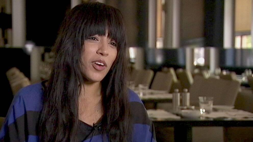Loreen intervjuas för Agenda.