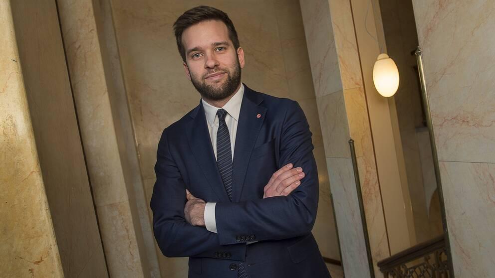 folkhälso- och sjukvårdsminister Gabriel Wikström
