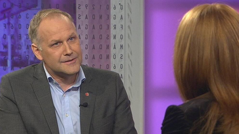 Jonas Sjöstedt och Annie Lööf möttes i Agenda.
