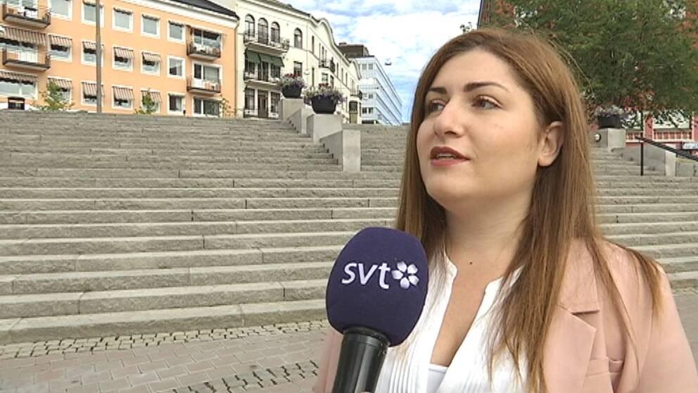 Romiana Bikasha. Ungdomsdelegat. Södertälje. FN.