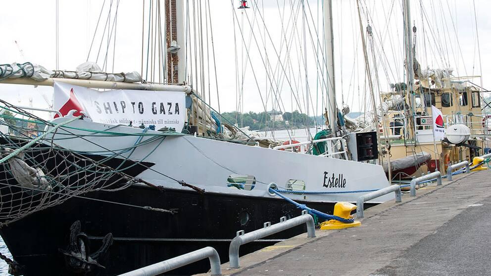 Fartyget Estelle bordades av Israels flotta 2012. Bilden togs när hon låg förtöjd i Stockholm, före seglatsen till Gaza.