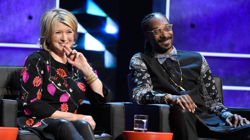 Martha Stewart och Snoop Dogg roastar Justin Bieber 2015.