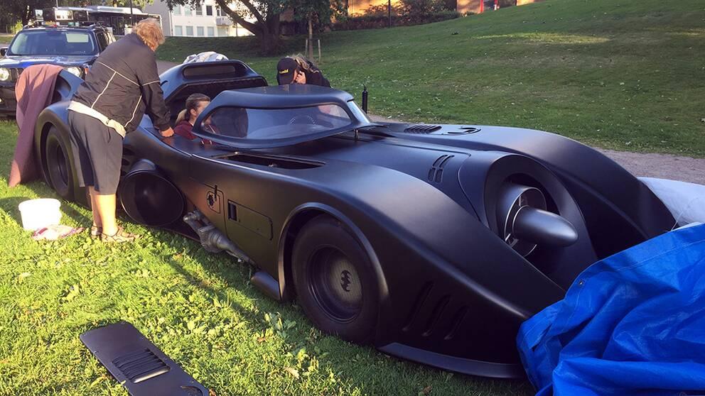Batmobilen förbereds inför Halmstad cityfestival