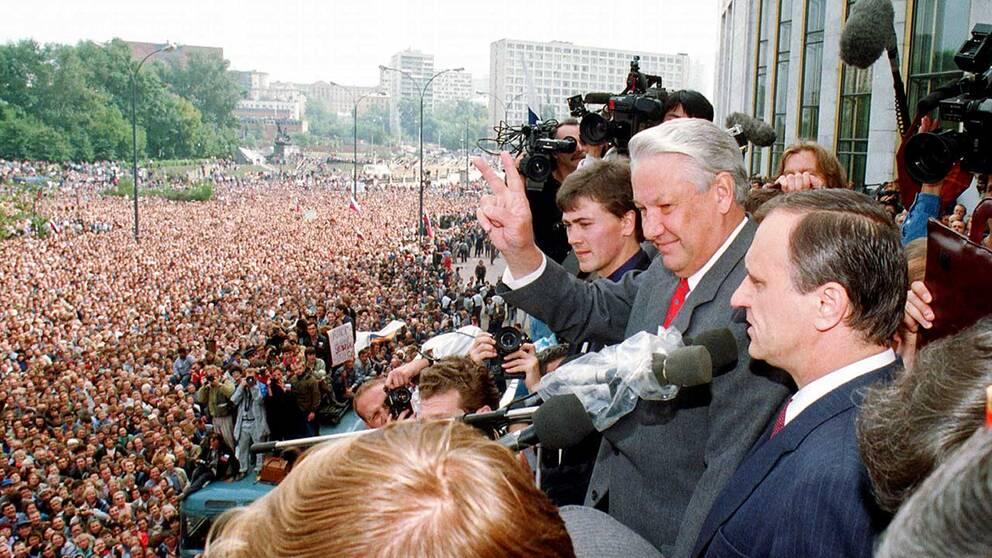 Boris Jeltsin under kuppförsöket i Moskva i augusti 1991.