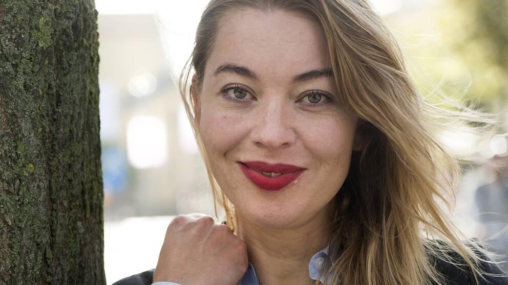 Karolina Ramqvist är en av årets kandidater till SR:s novellpris 2016.